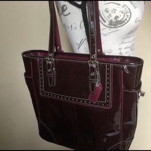 Authentic Coach Leatherware Purse